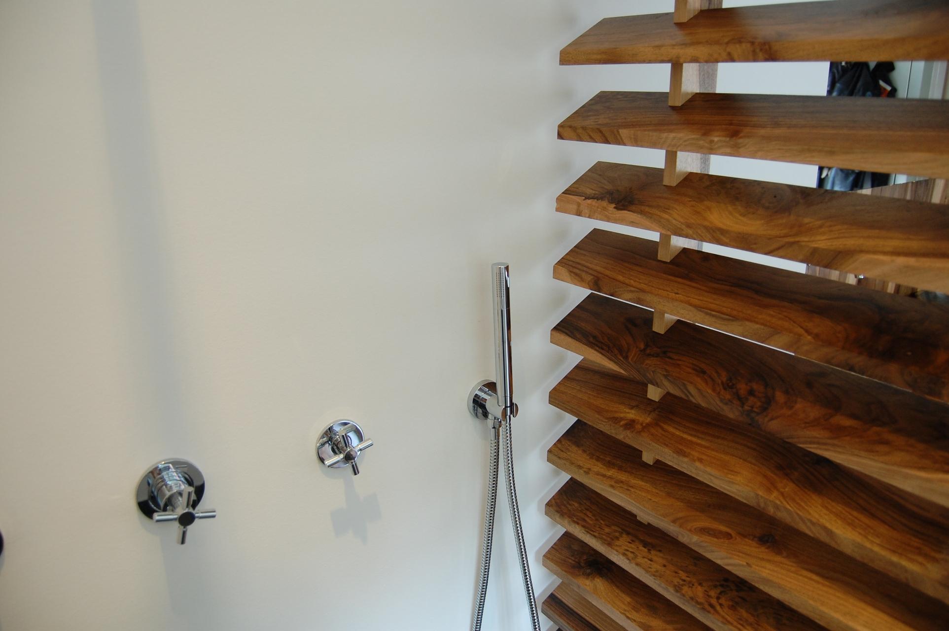 Notenhout badkamer studio sool meubels - Meubels studio ...