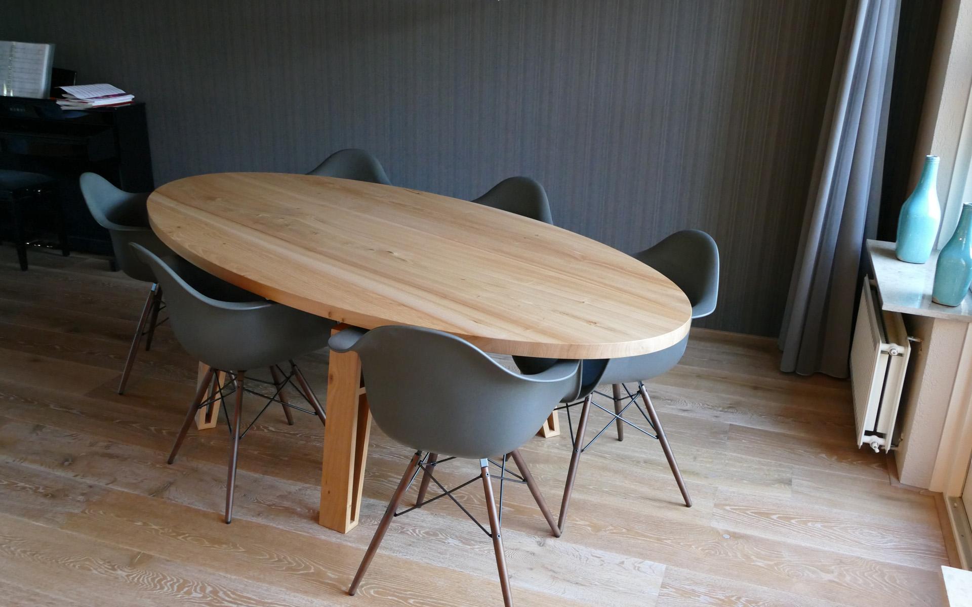 iepenhout eettafel