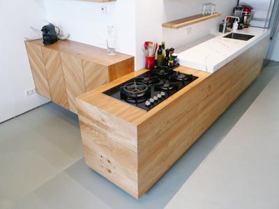 Iepenhouten keuken te Breda