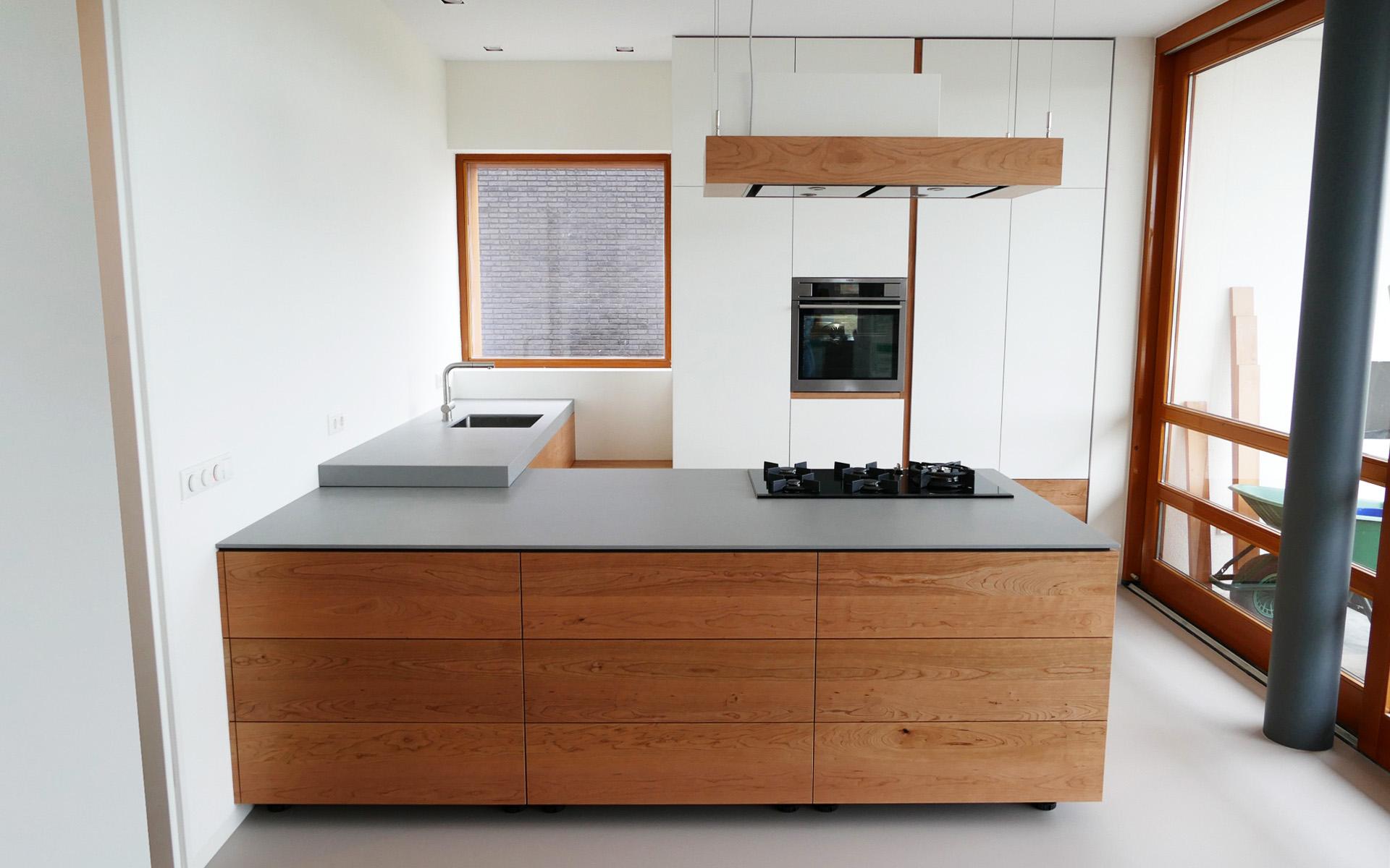 Kersenhouten keuken te eelderwolde studio sool - Meubels studio keuken ...